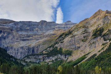 Kotlina w Pirenejach